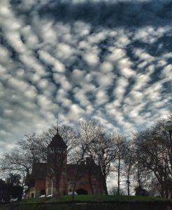 Nubes-inquietantes-246x300